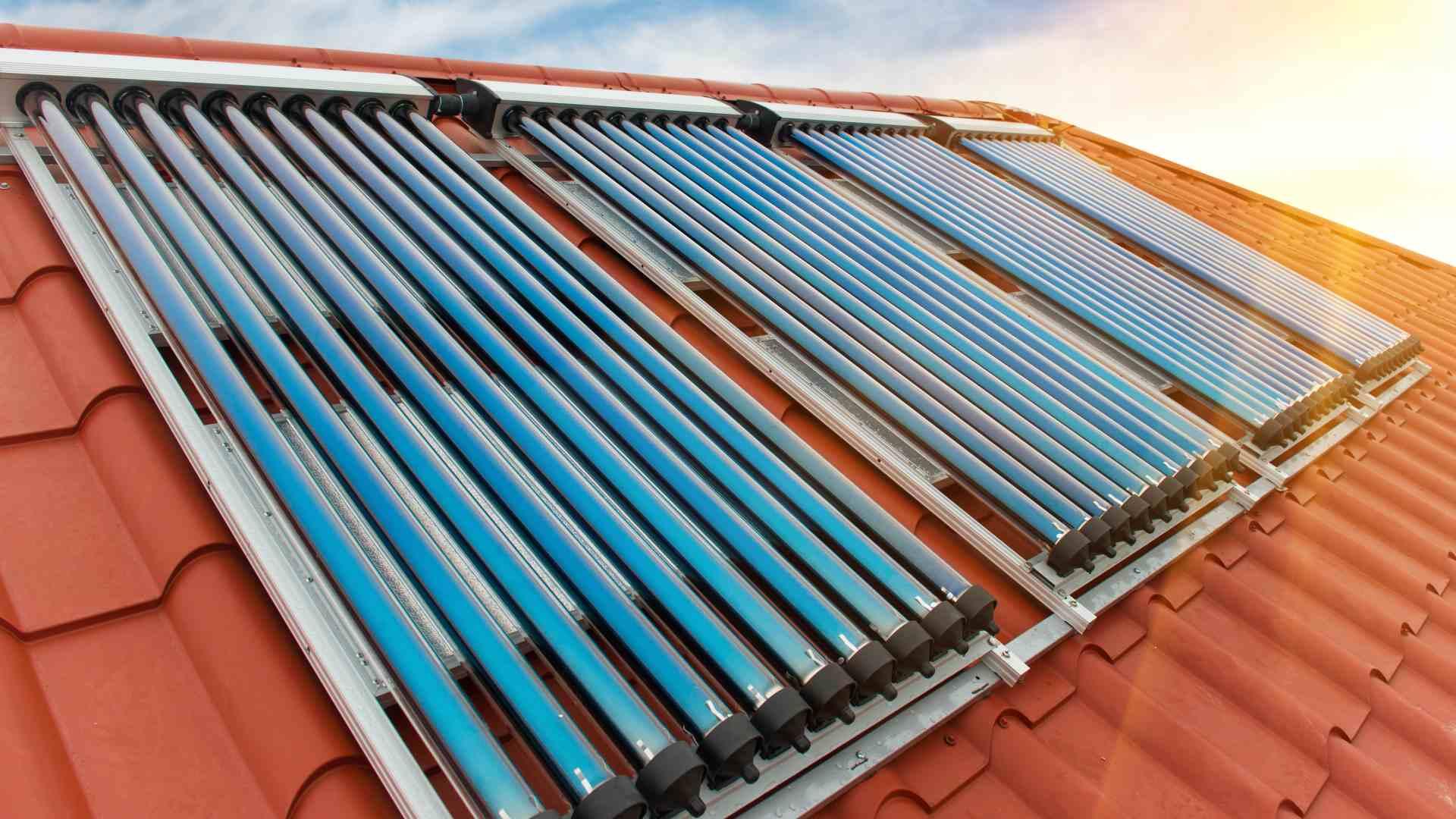 Solaranlagen zur Trinkwassererwärmung und Heizungsunterstützung - Heiko Blau - Sanitär und Heiztechnik
